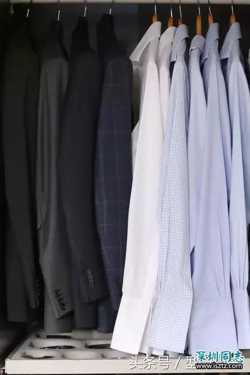 别把衣柜锁在黑白世界,早秋可以更绚烂一些