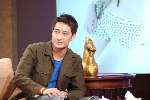 泰国最帅的几位男明星!网友:请别跟我抢James!