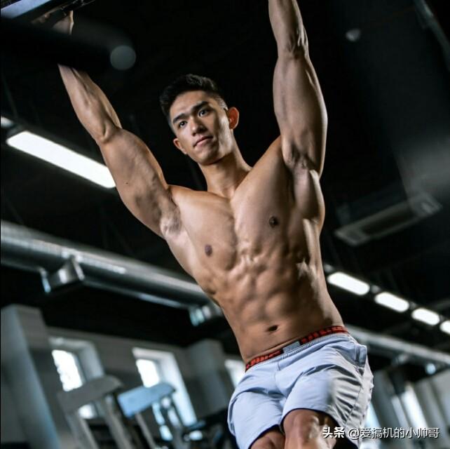 86年港姐亚军吴婉芳因二儿子登上热搜,高大健体,才貌出众!